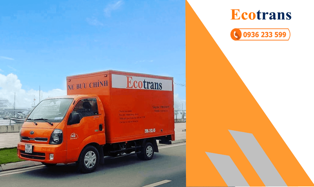 Xe tải chở hàng tết phố Nguyễn Hiền
