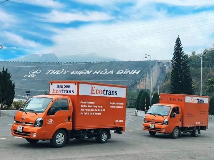 Đội xe tải sẵn sàng phục vụ, đáp ứng nhu cầu của quý khách hàng